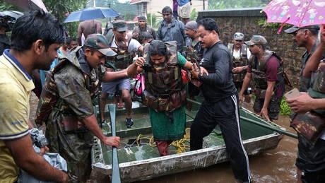 Ινδία: Στους 67 οι νεκροί από τις καταστροφικές πλημμύρες