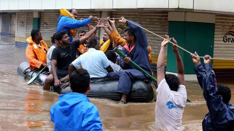 Ινδία: Στους 86 οι νεκροί από τις φονικές πλημμύρες (pics)