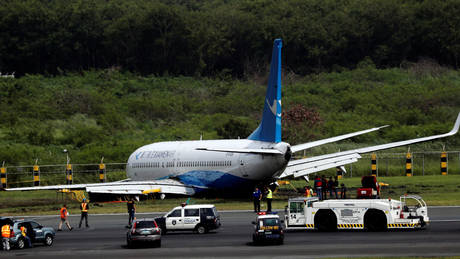 Καρέ-καρέ το ατύχημα αεροσκάφους στο αεροδρόμιο της Μανίλα (pics&vid)