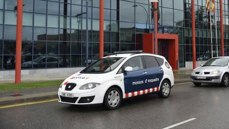 Καταλονία: Ένοπλος επιχείρησε να επιτεθεί σε αστυνομικούς