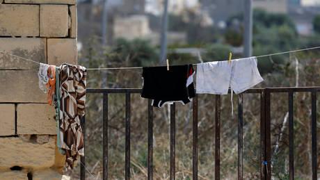 Μάλτα: Στην Ιταλία θα απελαθούν 120 μετανάστες που ζούσαν υπό άθλιες συνθήκες