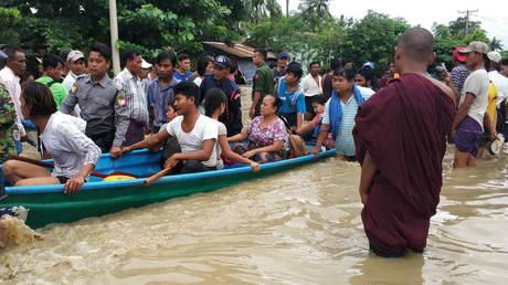 Μιανμάρ: Πάνω από 50.000 άνθρωποι απομακρύνθηκαν μετά την κατάρρευση φράγματος (pics)