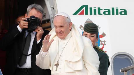 Ο Πάπας Φραγκίσκος συναντά θύματα σεξουαλικής κακοποίησης από ιερείς