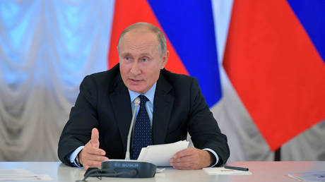 Πούτιν: Παρά τις κυρώσεις η Ρωσία κατάφερε να διατηρήσει ηγετική θέση στην ενεργειακή αγορά