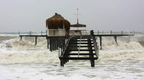 Προειδοποίηση για τσουνάμι μετά τον ισχυρό σεισμό κοντά στη Νέα Καληδονία
