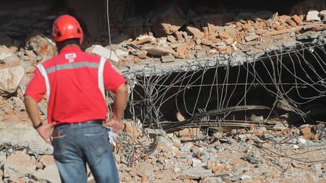 Σεισμός 6,4 βαθμών στην Ινδονησία