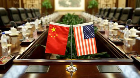 Σε ισχύ οι πρόσθετοι αμερικανικοί δασμοί σε κινεζικά προϊόντα
