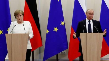 Συνάντηση Μέρκελ-Πούτιν με φορτωμένη ατζέντα