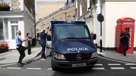 Συναγερμός στο Λονδίνο: Ένοπλος ταμπουρώθηκε μέσα σε σχολείο