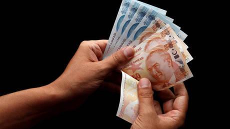 Το Κατάρ συμφώνησε να ανταλλάξει συνάλλαγμα με την κεντρική τράπεζα της Τουρκίας
