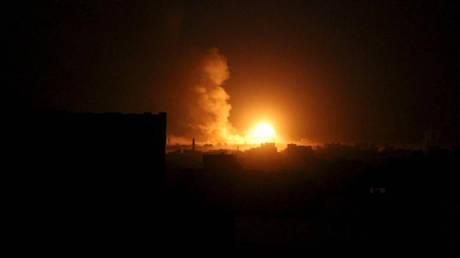 Υεμένη: Σφοδρές αεροπορικές επιδρομές στο διεθνές αεροδρόμιο της πρωτεύουσας Σαναά