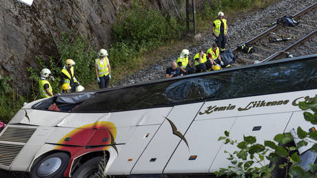 Φινλανδία: Λεωφορείο συγκρούστηκε με Ι.Χ. – Τουλάχιστον 4 νεκροί  (pics)