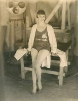 Η «άγρια» μόδα της δεκαετίας του 1920 και τα υπέροχα flapper girls