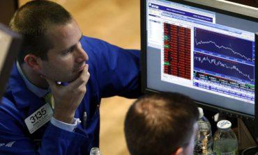 Απώλειες στη Wall Street με φόντο την Τουρκία
