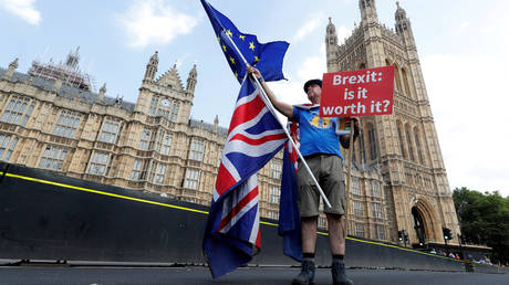 Brexit: Ευρώπη και Βρετανία αισιόδοξες για συμφωνία το φθινόπωρο