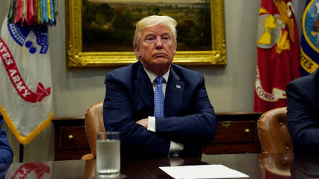 Eξηγήσεις έδωσε η επιτετραμμένη των ΗΠΑ στη Ν. Αφρική για tweet του Τραμπ