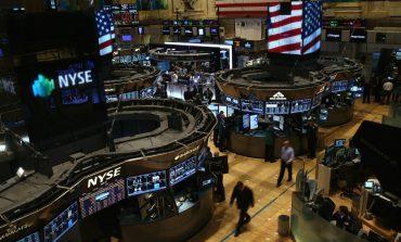 Άλμα 400 μονάδων για τον Dow Jones