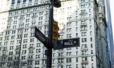 Τέλος στο τετραήμερο πτωτικό σερί έβαλε η Wall Street