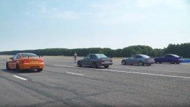 «Ενδοοικογενειακή» κόντρα με BMW M3 στην πίστα! (vid)