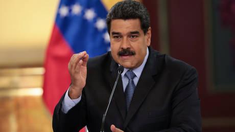 Βενεζουέλα: Σύλληψη πυροσβεστών που παρομοίασαν τον Μαδούρο με… γάιδαρο