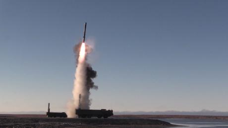 Δοκιμαστική εκτόξευση ρωσικού υπερηχητικού πυραύλου στην Αρκτική (vid)