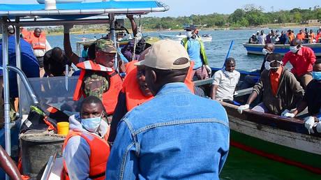 Εντοπίστηκε επιζών στο ναυάγιο του φέρι στην Τανζανία, πάνω από 200 οι νεκροί