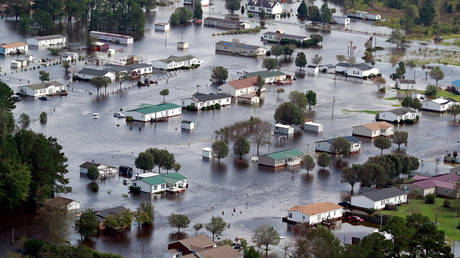 ΗΠΑ: Αυξάνονται οι νεκροί από το σαρωτικό πλήγμα του κυκλώνα Φλόρενς (pics)