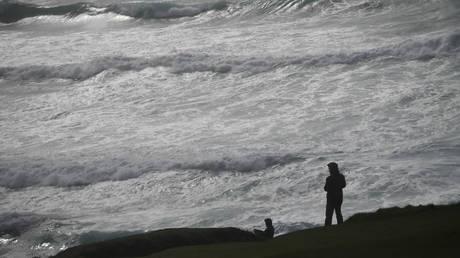 Η καταιγίδα Αλί «σαρώνει» την Ιρλανδία – Δύο νεκροί  (pics)
