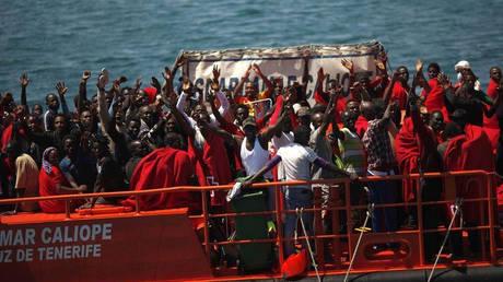 Ισπανία: Πάνω από 500 μετανάστες διασώθηκαν το Σαββατοκύριακο στη Μεσόγειο