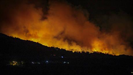 Μεγάλη πυρκαγιά στην Τοσκάνη (vid)