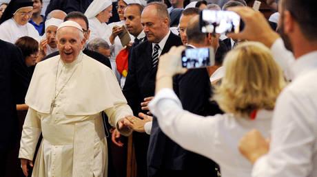 Ο Πάπας Φραγκίσκος κατά της μαφίας: Δεν μπορείτε να είστε μαφιόζοι και χριστιανοί