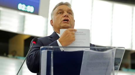 Σε τεντωμένο σχοινί οι σχέσεις Ε.Ε. και Ουγγαρίας