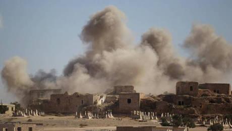 Συρία: Πυραυλική επίθεση σε αποθήκη πυρομαχικών λίγο πριν την εξαφάνιση του ρωσικού αεροσκάφους