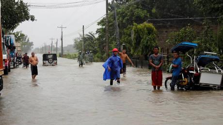 Φιλιππίνες: Τους 25 έφτασαν οι νεκροί από το πέρασμα του σούπερ τυφώνα Μανγκούτ