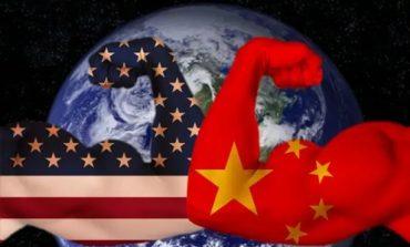 Τέλος στο ανοδικό σερί της Wall καθώς κλιμακώνεται η αντιπαράθεση ΗΠΑ-Κίνας