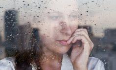 Εποχική κατάθλιψη - Φθινόπωρο. Γράφει η Φλώρα Μυρσαλιώτου