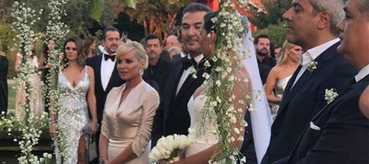 Ο λαμπερός γάμος του Αντώνη Ρέμου και της Υβόννης Μπόσνιακ με καλεσμένους όλη την αφρόκρεμα της showbiz!