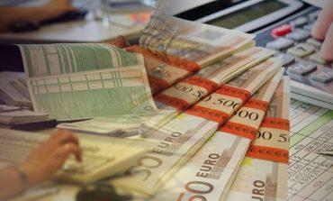Στο ύψος του ΑΕΠ τα χρέη στην εφορία