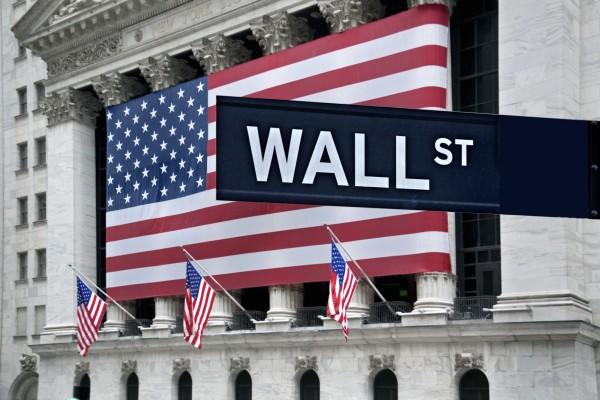 Νέες απώλειες στην Wall Street μετά τις εμπορικές απειλές Τραμπ