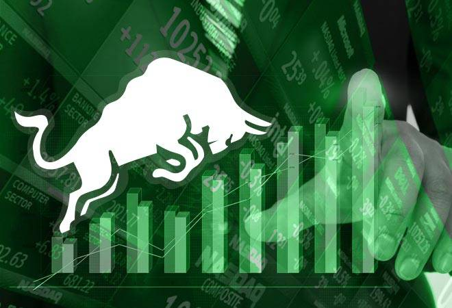 «Επίθεση» αγοραστών στις δημοπρασίες ανέβασε το Χρηματιστήριο