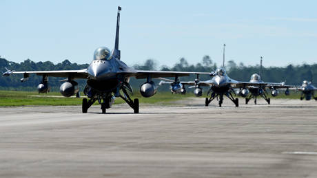 Έκρηξη σε αεροπορική βάση στο Βέλγιο – Καταστράφηκε ένα F-16 (pics)