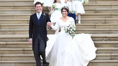 Βρετανία: Ο λαμπερός γάμος της πριγκίπισσας Ευγενίας (pics)
