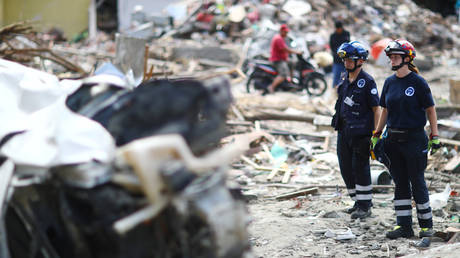 Ινδονησία: «Καμία ελπίδα για επιζώντες» – Αγγίζουν τους 2.000 οι νεκροί