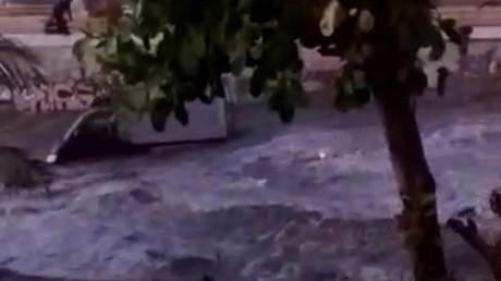 Νέο βίντεο ντοκουμέντο καταγράφει τη στιγμή του τσουνάμι στην Ινδονησία