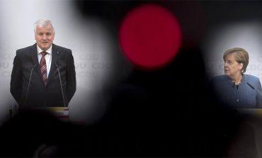 Πανωλεθρία της Μέρκελ και των Σοσιαλδημοκρατών