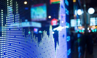 Οριακές απώλειες για τη Wall Street μετά τα πρακτικά της Fed