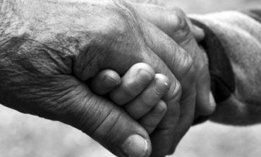 Υπογεννητικότητα, η σύγχρονη ελληνική τραγωδία.