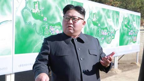 Β. Κορέα: Ο Κιμ επέβλεψε την «επιτυχή» δοκιμή ενός νέου τακτικού όπλου