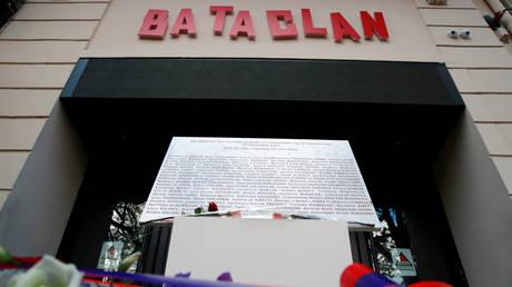 Γαλλία: Τρία χρόνια μετά τις επιθέσεις της 13ης Νοεμβρίου 2015 η χώρα τιμά τα θύματα (pics&vid)