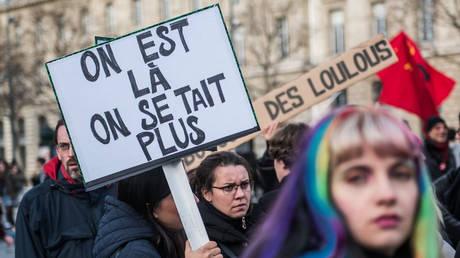 Γαλλία: Χιλιάδες διαδηλωτές στους δρόμους κατά της σεξιστικής και σεξουαλικής βίας